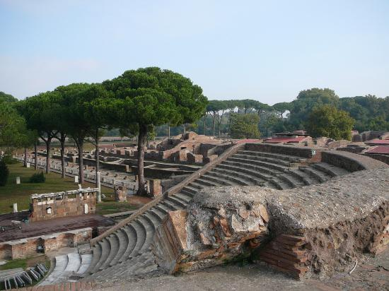 Ancient Ostia Tour Package