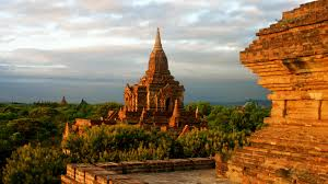 Day Myawaddy - Yangon Overland Tour Package