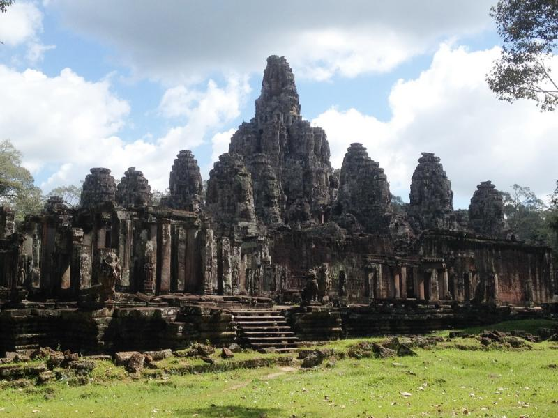 Splendous Angkor Temples Package