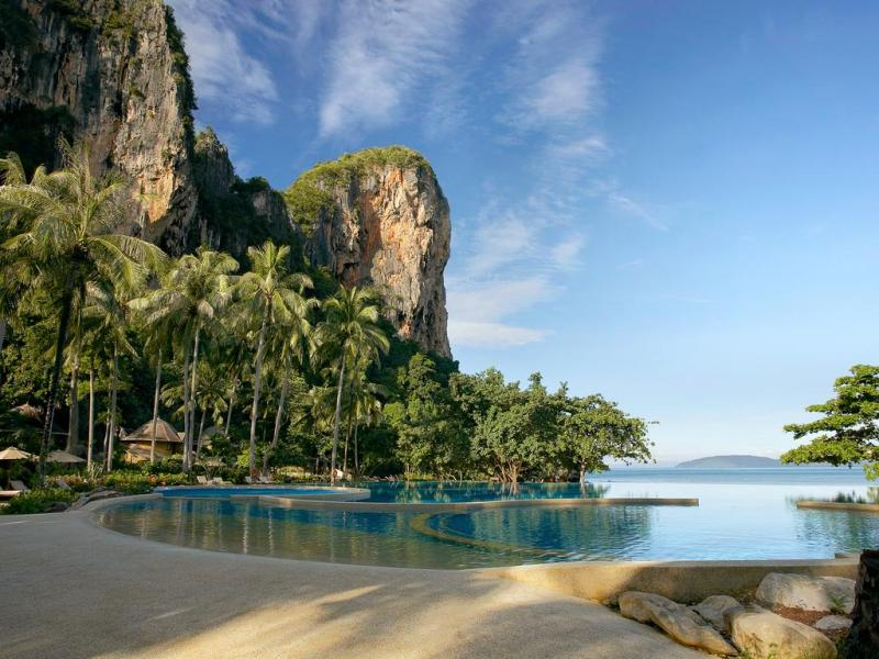 Krabi - Phuket Tour Package