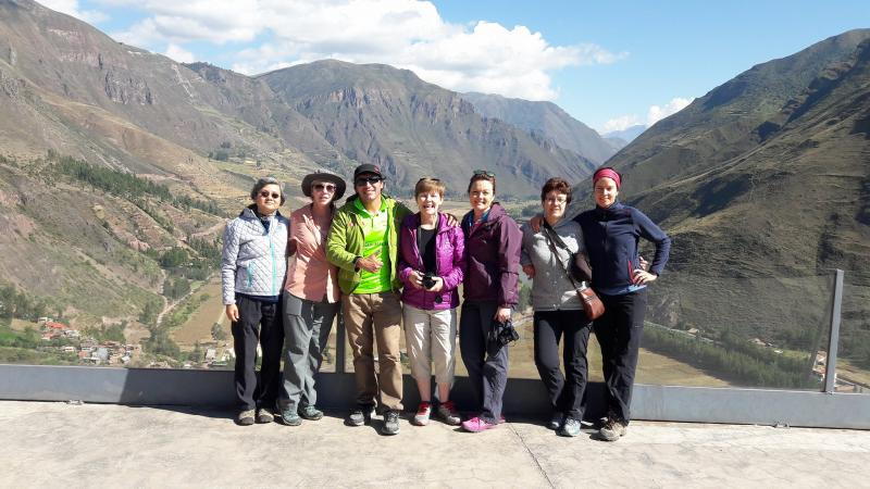 Sacred Valley & Machu Picchu 2 Days 1 Nights Package