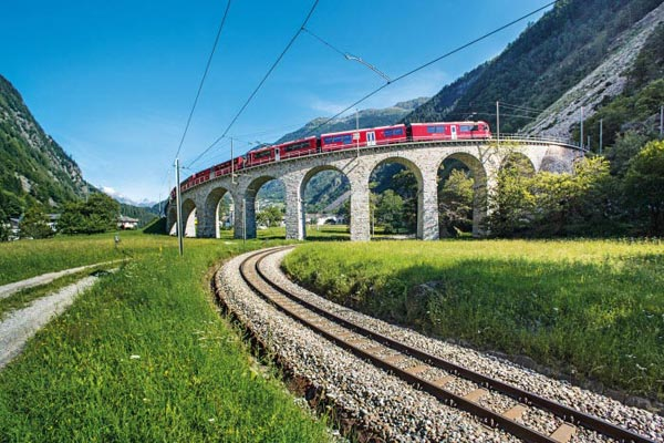 Self-Guided Glacier Express Tour