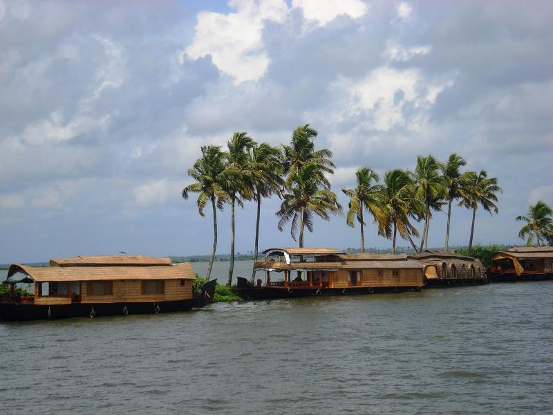 Romantic Kerala Package