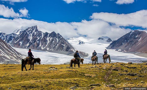 Golden Eagle Festival With Hikes In Altai Tavan Bogd National Park