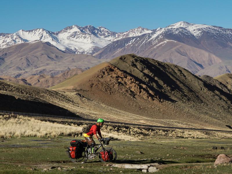 Kyrgyzstan Biking 04