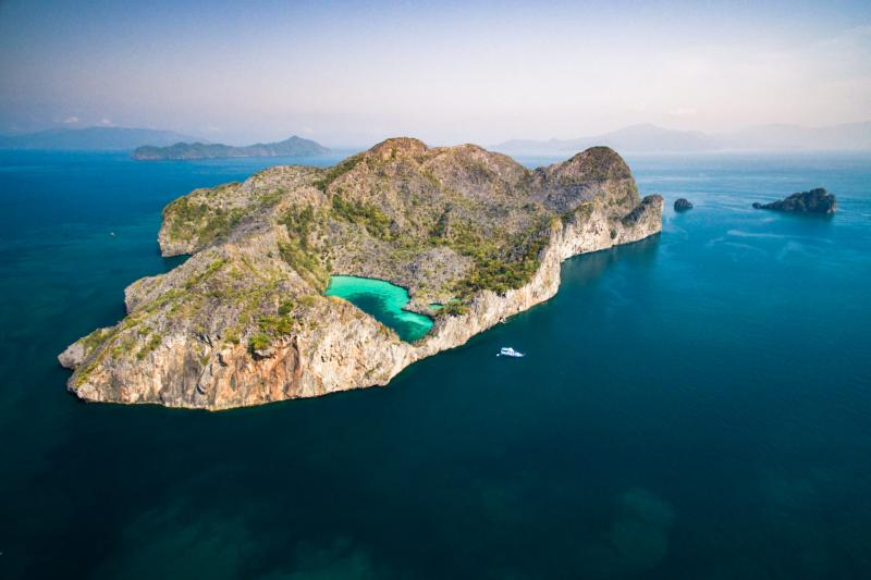 8 Days Mergui Archipelago, Dive & Snorkelling Lovers Tours Package