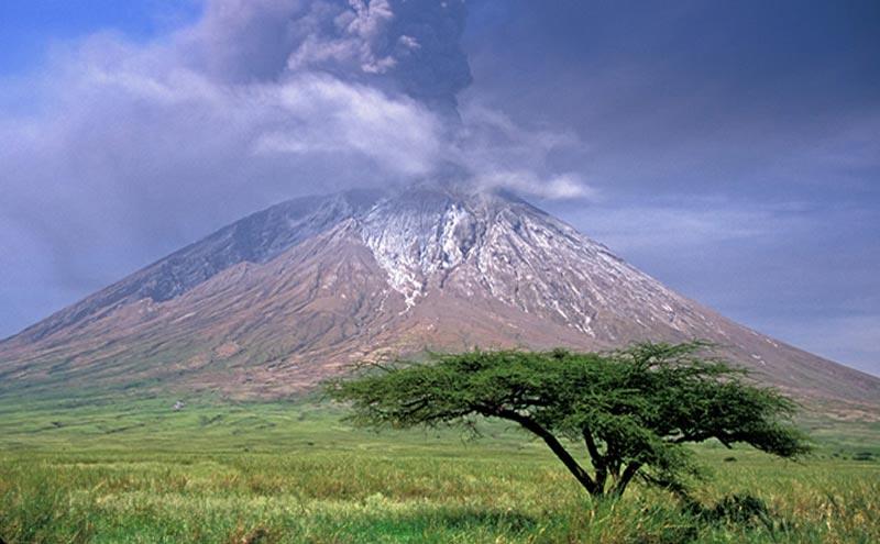 Mt Ol Doinyo Lengai Tour