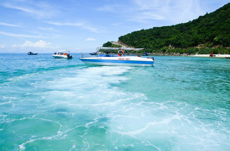 Discovery Cham Island One Day Tour Package