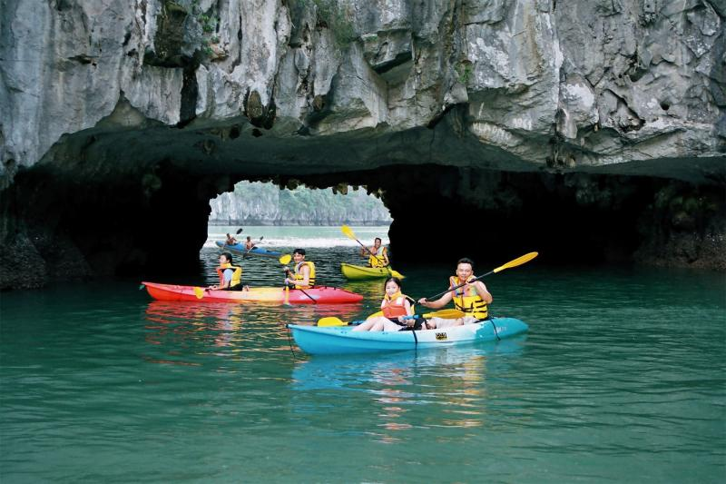 Hanoi Cooking - Halong Bay Kayaking - Sapa Trekking Tour 7 Days Package