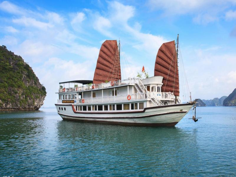 Halong Fantasea Cruise Package