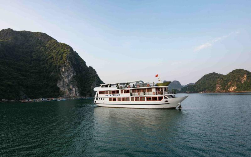 Central Vietnam Heritage 6 Days Tour Package