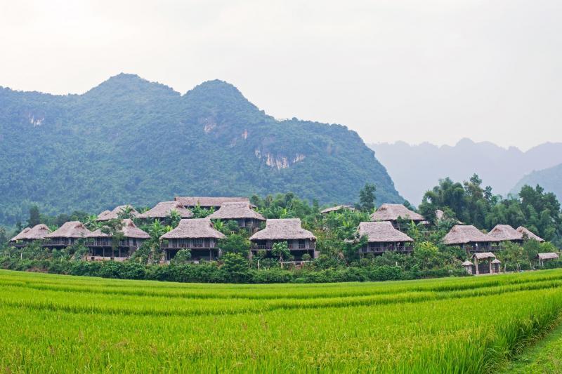 Ha Noi - Moc Chau - Mai Chau 2days/1night Package