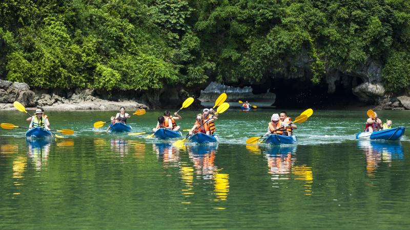 Hanoi Cooking - Halong Bay Kayaking - Sapa Trekking  Package