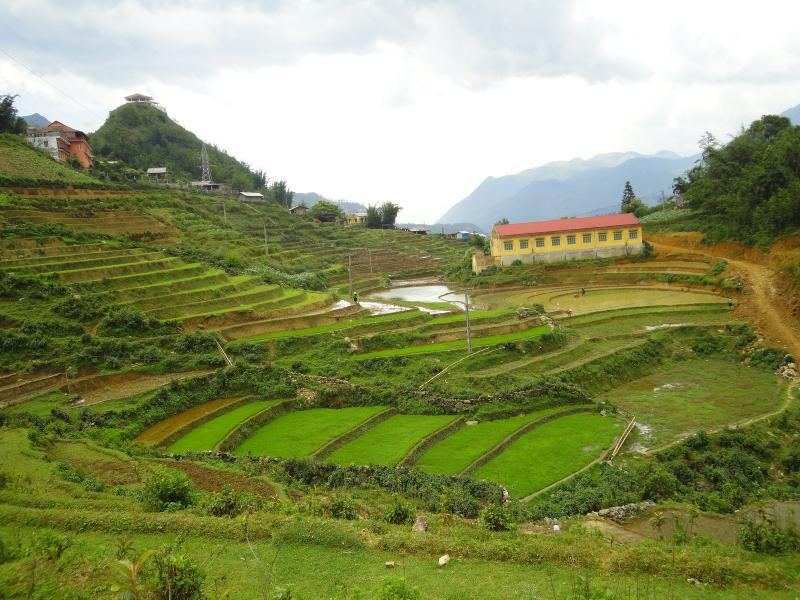 Sapa 2 Days Hotel Stay And Easy Trek Package