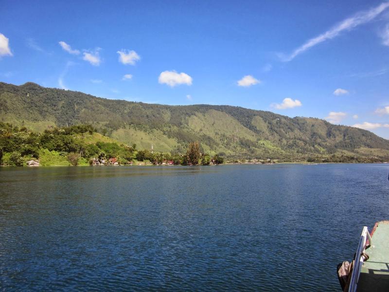 4D Medan Lake Toba Tour