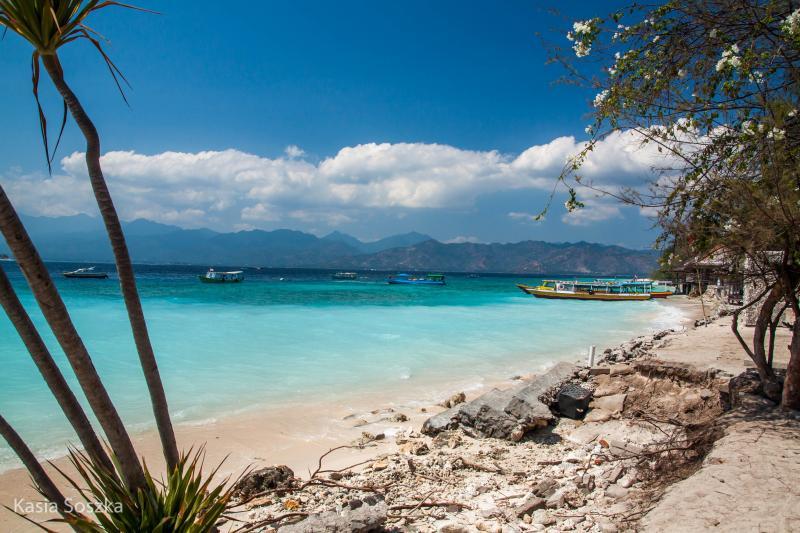 4D Lombok-Gili Honeymoon Package