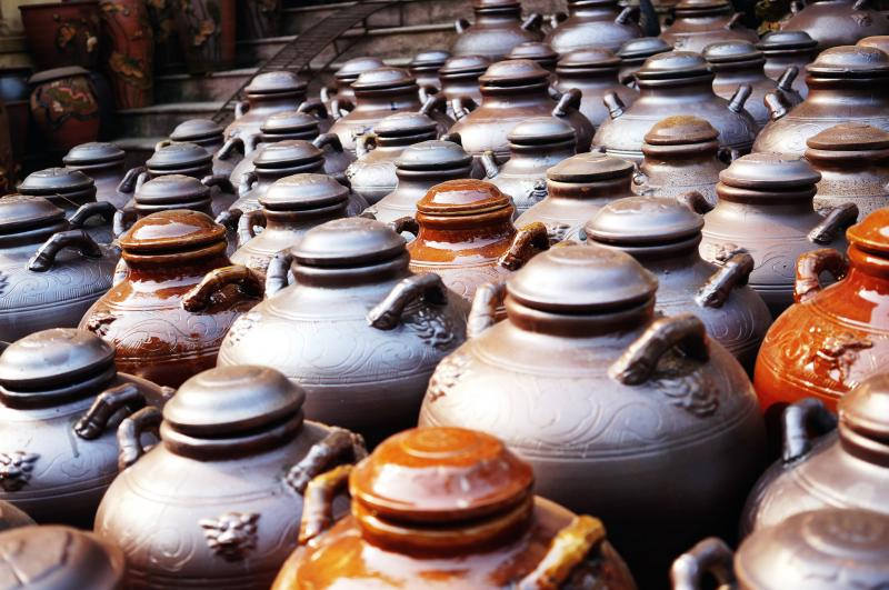 Bat Trang Ceramic Village And But Thap Pagoda Tour