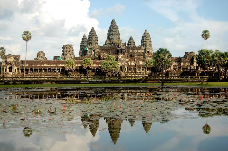 Angkor Wat & North Vietnam Tour