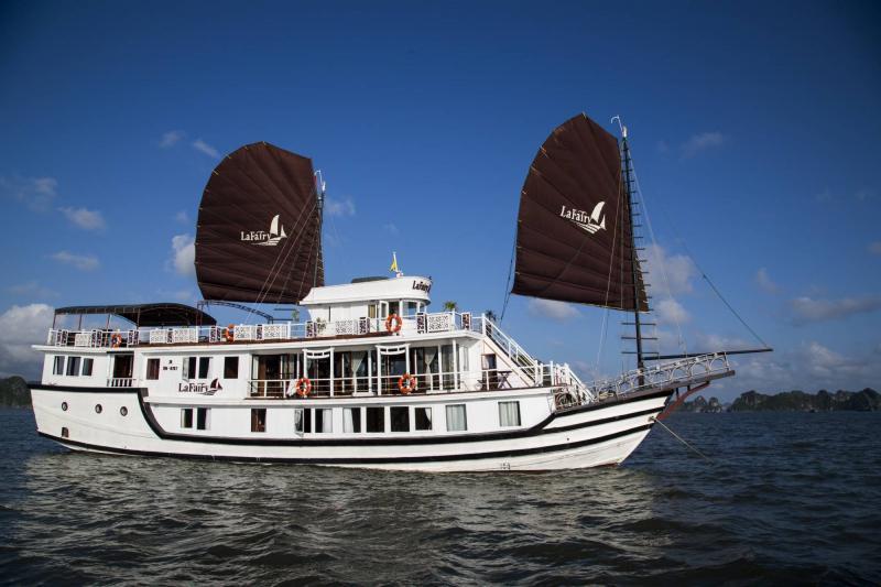 Lafairy Sails Tour