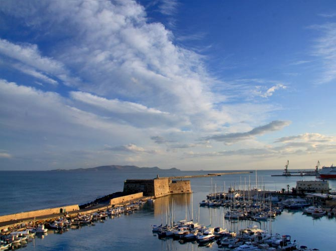 Heraklion Market – City Tour – Cretaquarium