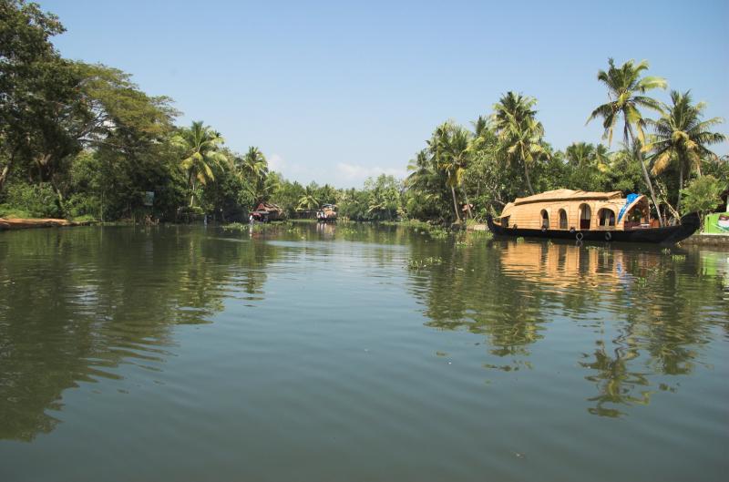 4d – Cochin – Munnar – Thekkady – Cochin Package