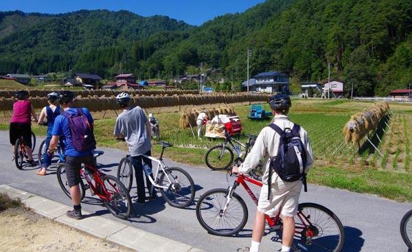 Cycling To Discover The World Heritage Package