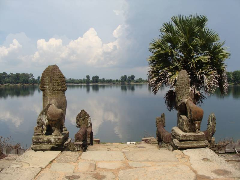 Angkor Tour 5 Days