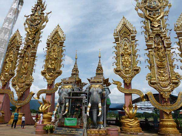 11 Days 10 Nights Popular North Of Thailand Package Tour