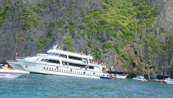 4 Days 3 Nights Phi Phi Island Package Tour