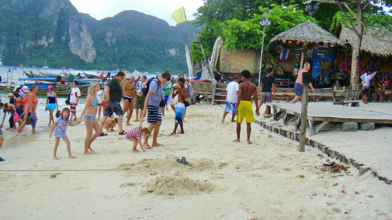 8 Days 7 Nights Phi Phi Island Package Tour