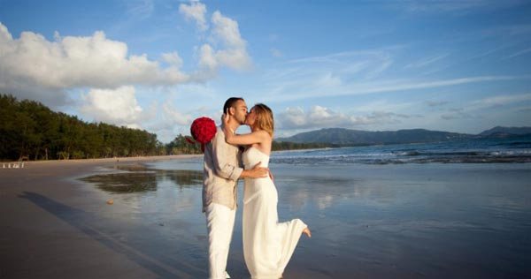 Happy 5 Days 4 Nights Honeymoon Package Tour