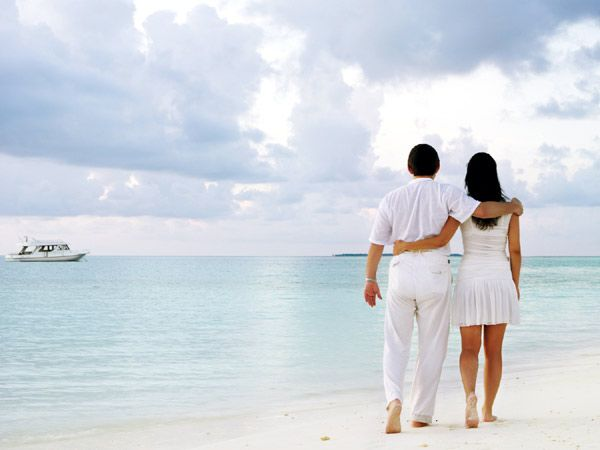 Happy 10 Days 09 Nights Honeymoon Package Tour