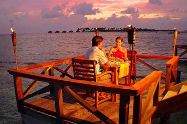 Happy 14 Days 13 Nights Honeymoon Package Tour