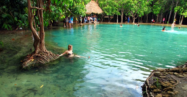 Full Day Jungle Hot Spring & Emerald Pond Tour Package