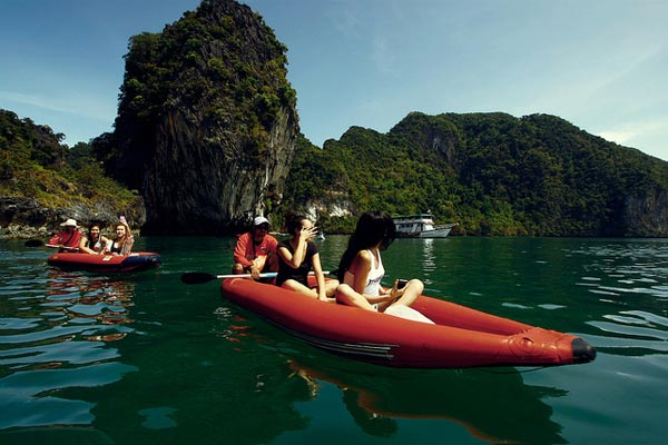 Full Day Hong Island Kayaking & Snorkeling Tour By Long Tailed Boat Package