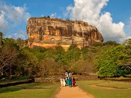 Kandy And Colombo With Sigiriya Tour Package