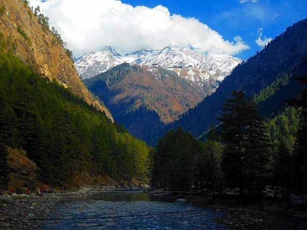 High On The Himalayas: Kasol And Tosh Tour