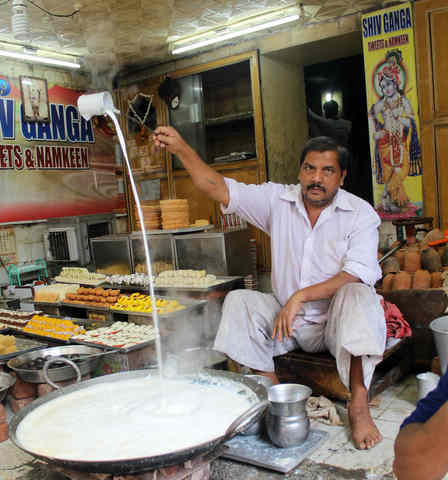 Discovering Oriental Agra Tour