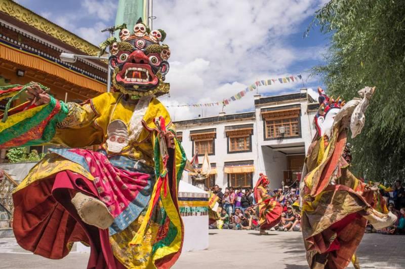 Lakes & Ladakh Festival Tour