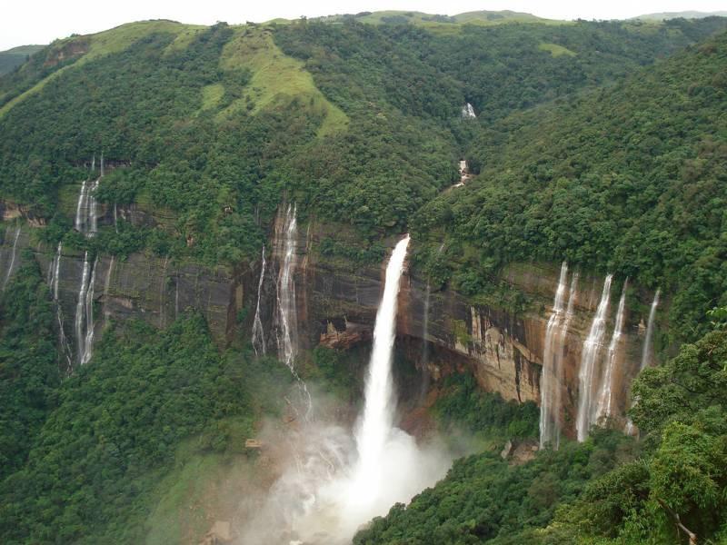 Abode Of Clouds - Meghalaya Tour