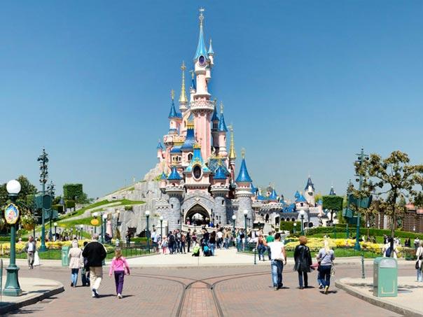 Paris + Disneyland Tour