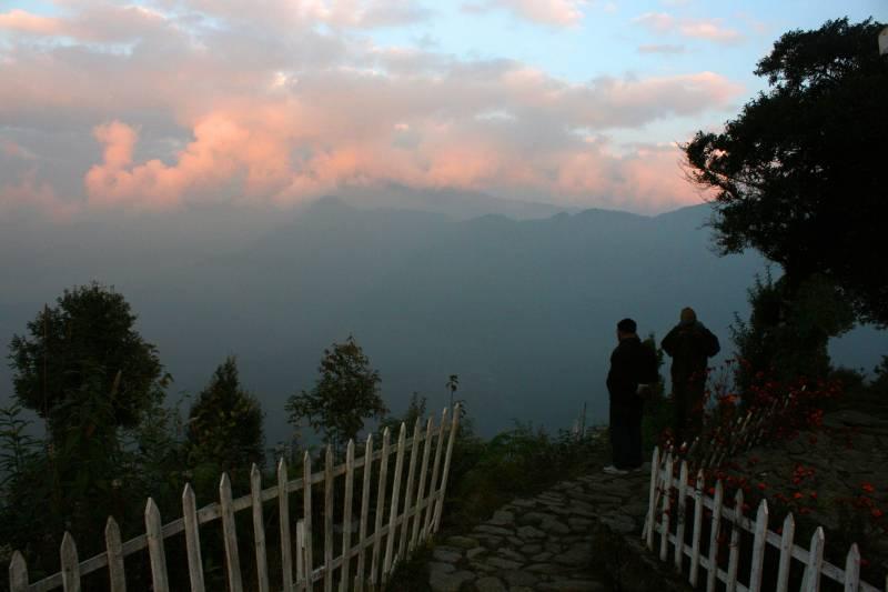 Lava – Lolegaon – Rishyap – Kalimpong Tour