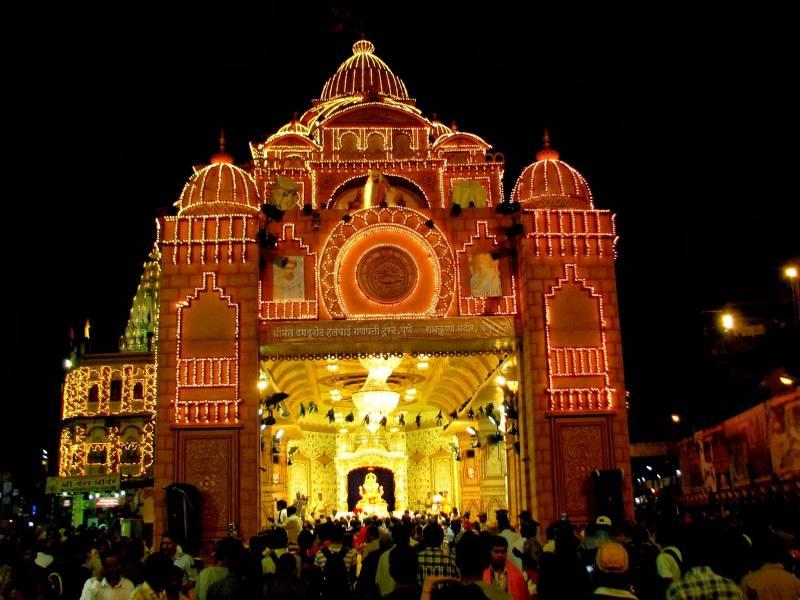 Pune – Shirdi – Pune Tour