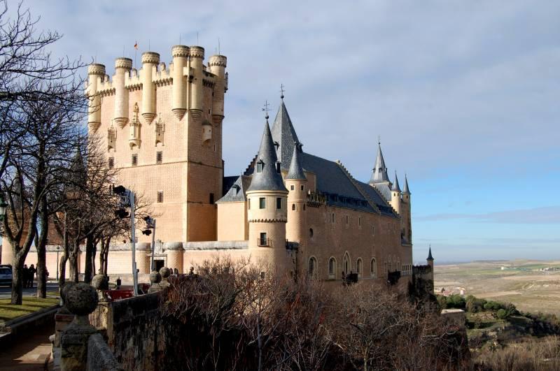 Castles Day Tour