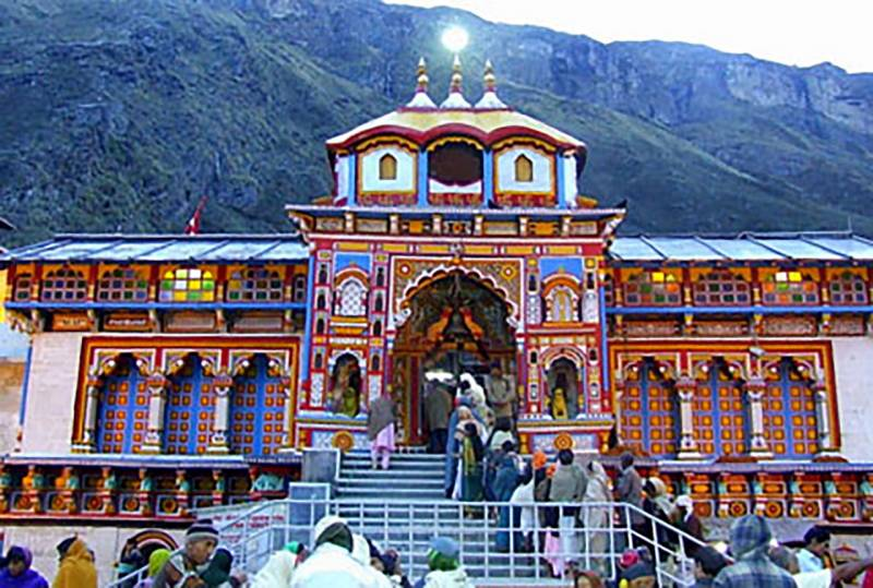 Char Dham Yatra ( The Combined Name For Four Himalayan Hindu Dhams ) Tour