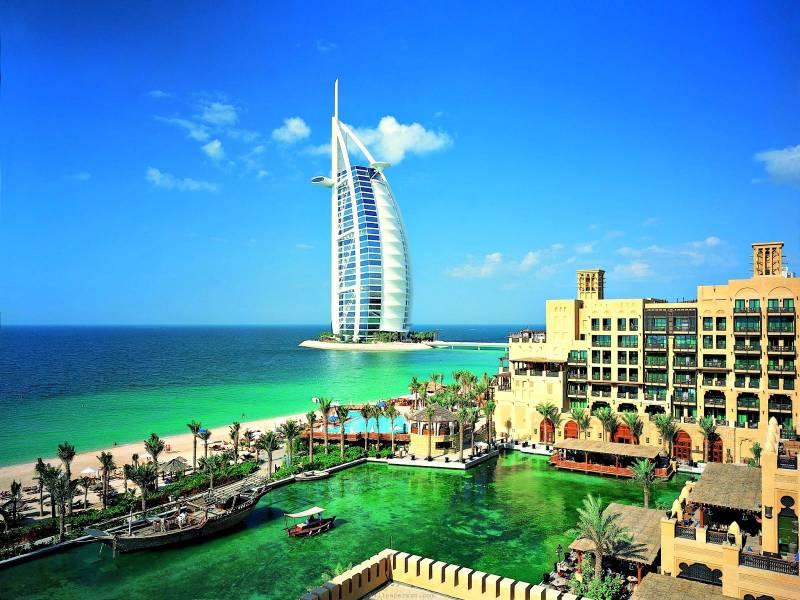 Dubai United Arab Emirates  Tour