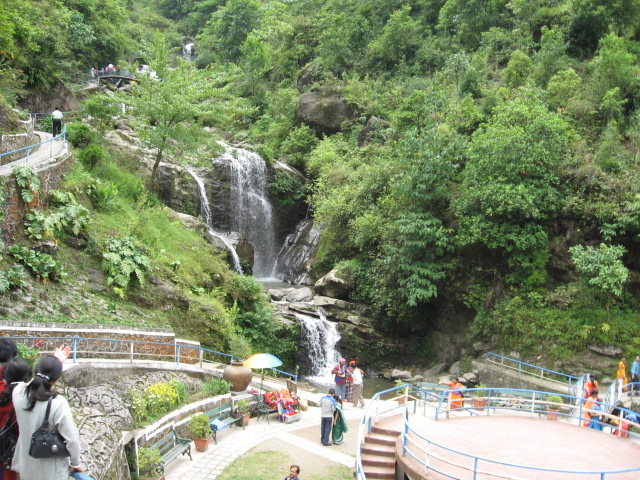 Darjeeling Gangtok Pelling 9 Days Package