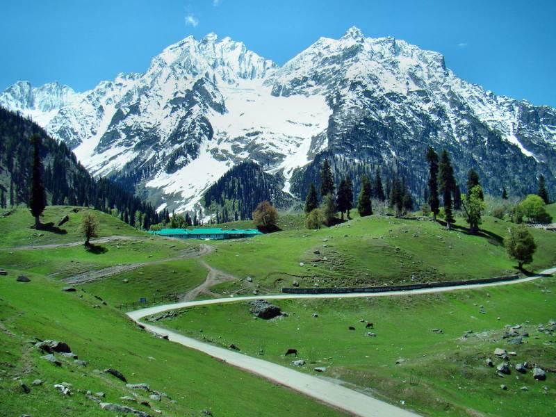 Beauty Of Kashmir Tour