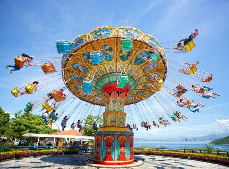 Amusement Park Tour