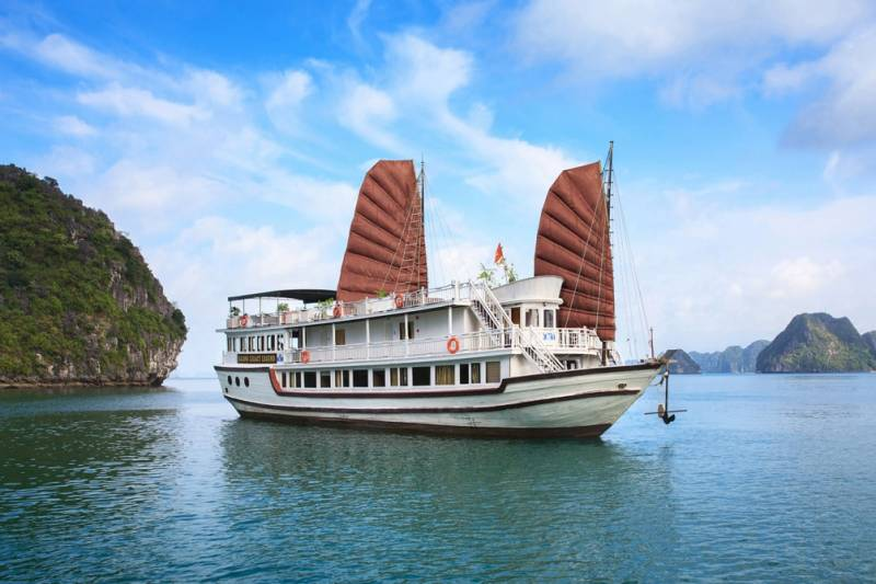 Halong Heritage 3 Days 2 Nights Tour